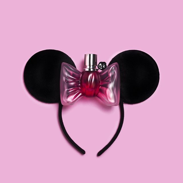 'Shopping' in andC Magazine Photography by Frank Brandwijk Styling by Esmee Gerantz & ChantalJanzen.official I 'Beauty is on the inside, but the Eye also wants some' 'Minnie Mouse Ears' 'Pink Bow Perfume Bottle' 'Bonbon Eau de Parfum' 'Viktor and Rolf' 'Beauty' 'on pink' 'Ass you Wish' I 'Andsee' 'Andcgram'
