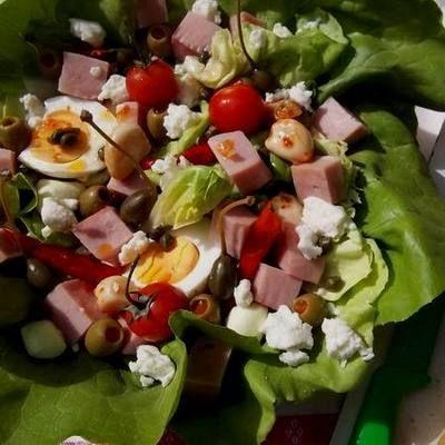 Saláta mediterrán módra