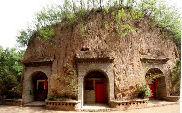 the house caves in China
