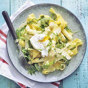 Heerlijk recept! Leuk met een gepocheerd ei. Ik maakte deze variant met groene asperge. D