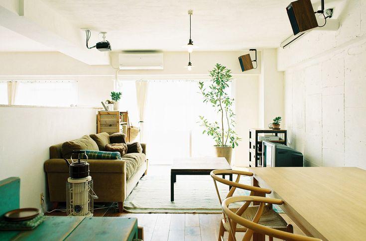 このお部屋は、バルコニーに3室が面している気持ちのよい最上階の角部屋。ここで親子4人の暮らすリノベーションがスタート、A&Cストリノ×ご自身でのDIYという、コラボとなりました