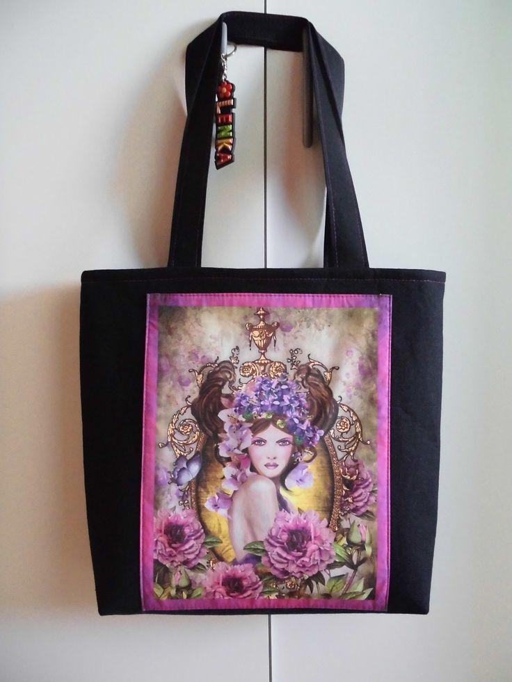 taska z textilniho panelu