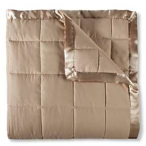 Super soft and versatile, Elite Home's Down Alternative Microfiber Blanket is perfect for adding an extra layer of warmth to your bedroom. Made from cozy microfiber, this blanket makes a great alternative to a down comforter for those with allergies or sensitivities. Available in a wide array solid of colors, this year-round blanket will nicely complement any bedroom decor.