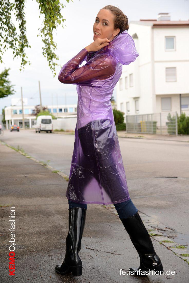 transparent purple pvc raincoat retro style with rubber boots pvc raincoats regenm ntel. Black Bedroom Furniture Sets. Home Design Ideas