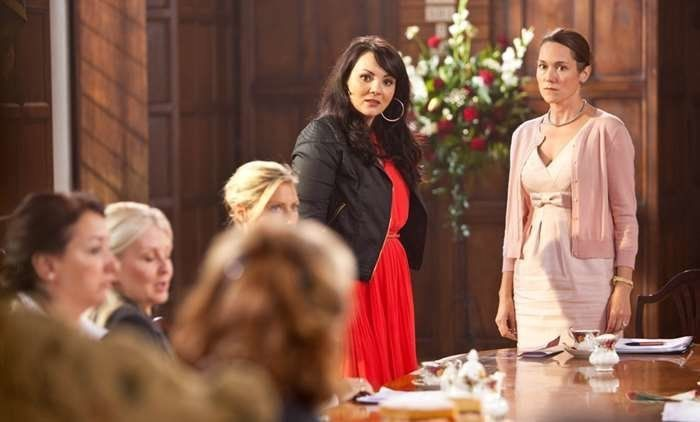 (ITV) 'Midsomer Murders': 19 Stars Who Were In The ITV Show Before They Were Famous-Sian Clifford (2013) 'Fleabag' star Sian Clifford was joined by Martine McCutcheon (don't worry, we'll get to her later) when she made a guest appearance on the show.