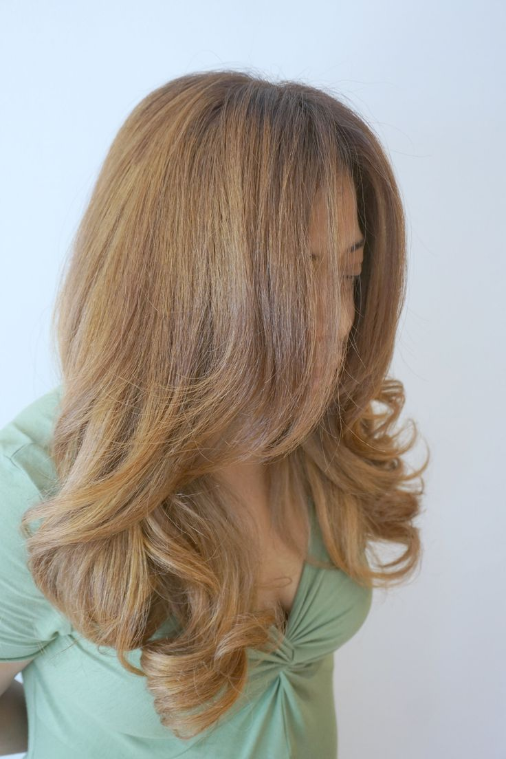 full balayage and babylights creating an all over caramel butterscotch hair color. Look created using Davines Mask with Vibrachrom Insta:@createincolor