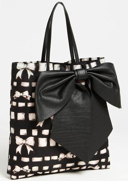 Valentino Handbags - Purses, Designer Handbags and Reviews at The Purse Page (2)