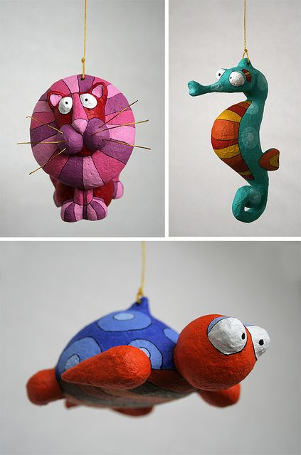 Personnages en papier mâche by Choicita, via Flickr