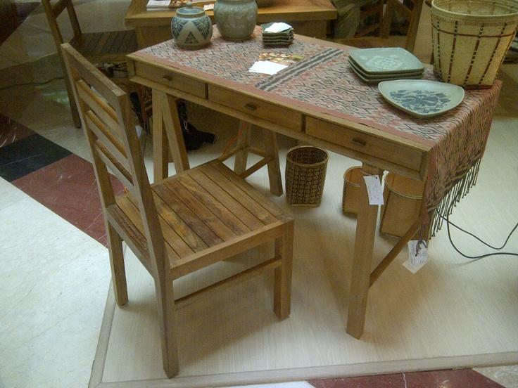 Simple desk, 110 x 60 x 80