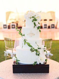 Four tier wedding ca www.mccormick-weddings.com