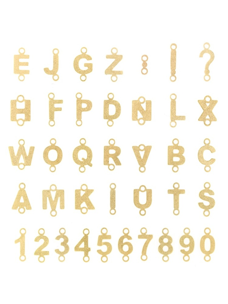 Lettere e numeri in argento 925‰ dorato e sabbiato  www.mumatigioielli.it