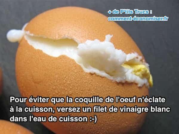 Un copain cuistot m'a confié son secret pour faire cuire les œufs durs sans les casser. L'astuce est de verser un filet de vinaigre blanc dans l'eau de cuisson. Regardez :) Découvrez l'astuce ici : http://www.comment-economiser.fr/comment-faire-cuire-un-oeuf-sans-que-sa-coquille-eclate.html?utm_content=buffer11f67&utm_medium=social&utm_source=pinterest.com&utm_campaign=buffer