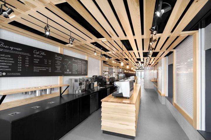 Дизайн интерьера пекарни Au Pain Doré bakery café  в Монреале