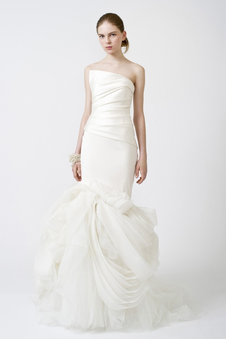 20 best Vera Wang images on Pinterest | Short wedding gowns, Wedding ...