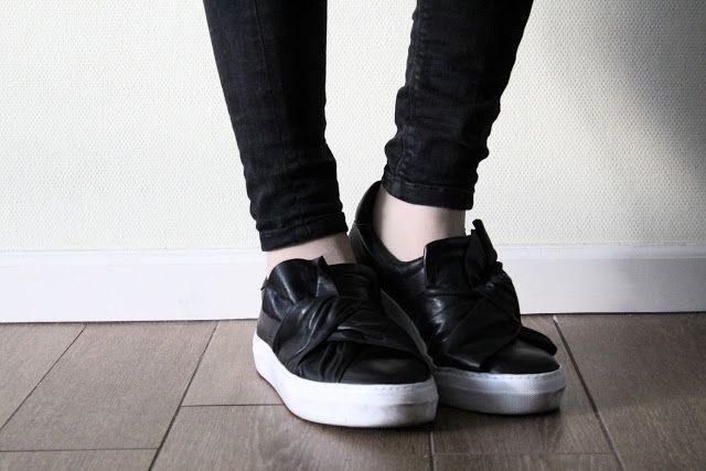 sacha, shoes, schoenen, tilburg, kaatsheuvel, brabant, midden-brabant, zwarte schoenen, hippe schoenen, hipster schoenen, leren schoenen, sneakers, zwarte sneakers, hippe sneakers, damesschoenen, dani and mom, daniandmom, review, gesponsord