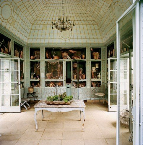 The greenhouse in the garden of Bunny Mellon's Oak Spring estate, in Upperville, Virginia, which features trompe l'oeil murals by Fernand Renard.  From Vanity Fair, but will not click through from this picture.  Go to Dirt du Jour