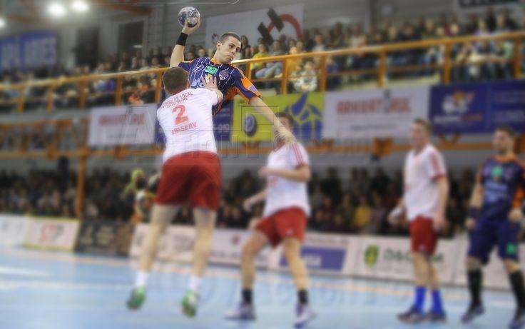 Handbal masculin: AHC Potaissa Turda s-a impus în meciul cu CSM Satu Mare și a urcat pe podium