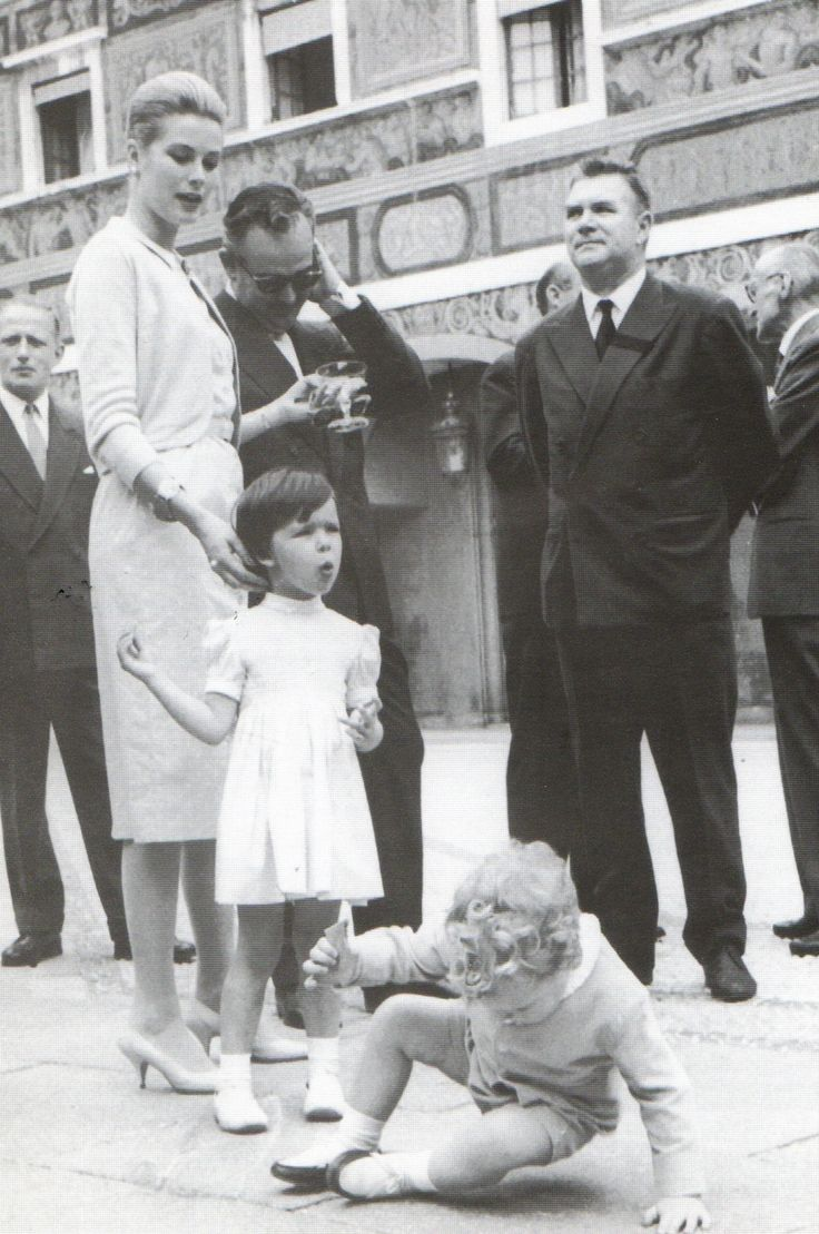 Princess Grace with her children, Princess Caroline and Albert of Monaco, with the national team.