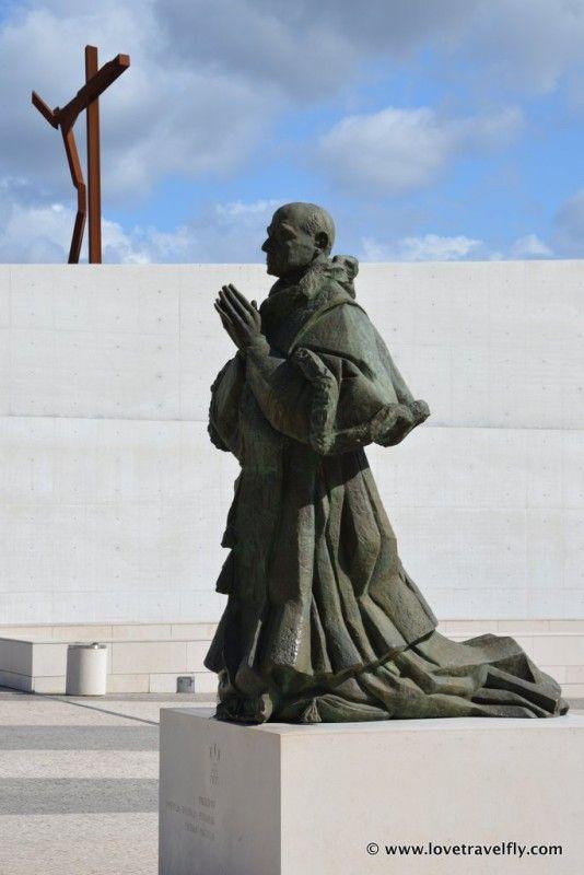 Praying in Fatima - Portugal