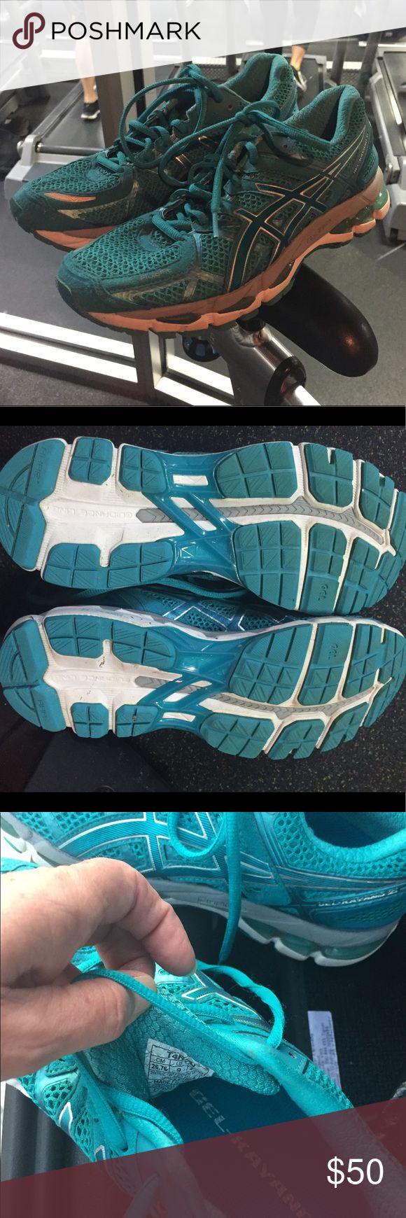 Gel-Kayano 21 Running Shoes Used in 1 sprint triathlon, 2.5 miles, and two 5K runs. Moved to cycling shoes now due to injury. These are great running shoes, lots of comfort and performance life left. Aside from a few scuffs they are really like new. Shoes