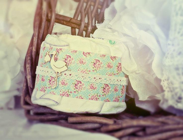 spring time2.... mini diaper cake with lace, flower pattern and stork.... the popular animal in hungary ;)
