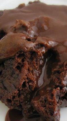 Crockpot Chocolate Lava Cake - I cut the recipe in 1/2 and it worked great in my medium sized crockpot. Very tasty with ice cream.