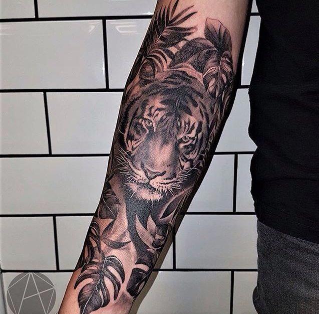 Half Sleeve Tattoos Drawings Halfsleevetattoos Tiger Tattoo Sleeve Tiger Forearm Tattoo Tattoos For Guys