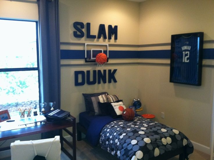 teen boys sports themed rooms | Decorating Idea for boys room. Sports theme. Get the green duvet from ...