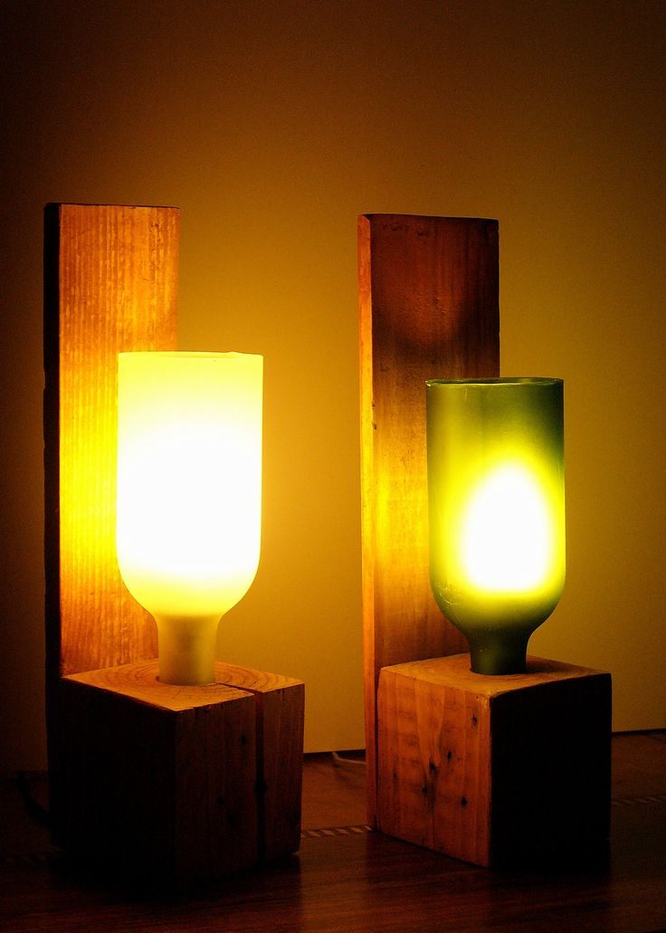 Bottle lamps with upcycled bottles and reclaimed palet wood