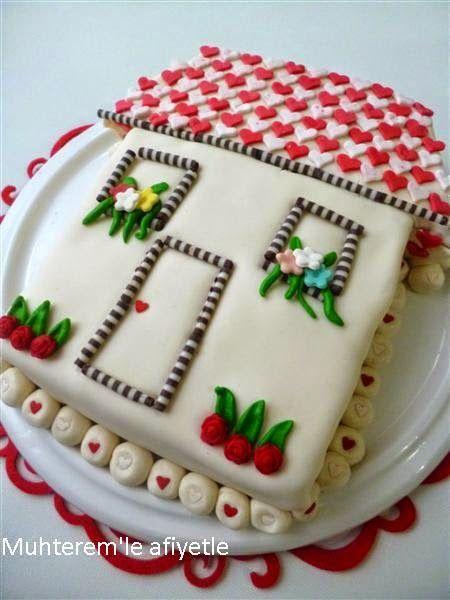 Ev şeklinde pasta