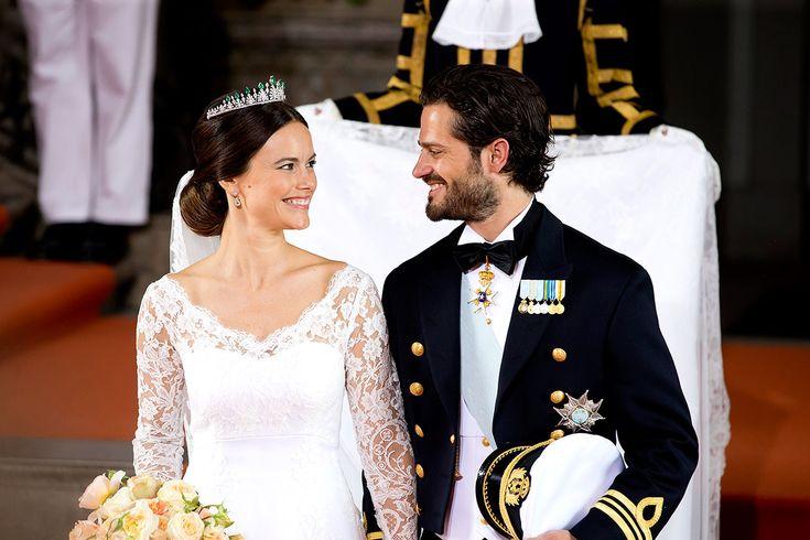 #VogueNovias Un cuento de hadas... Así fue la boda de Sofía y Carlos Felipe de Suecia http://buff.ly/1GIdAOH