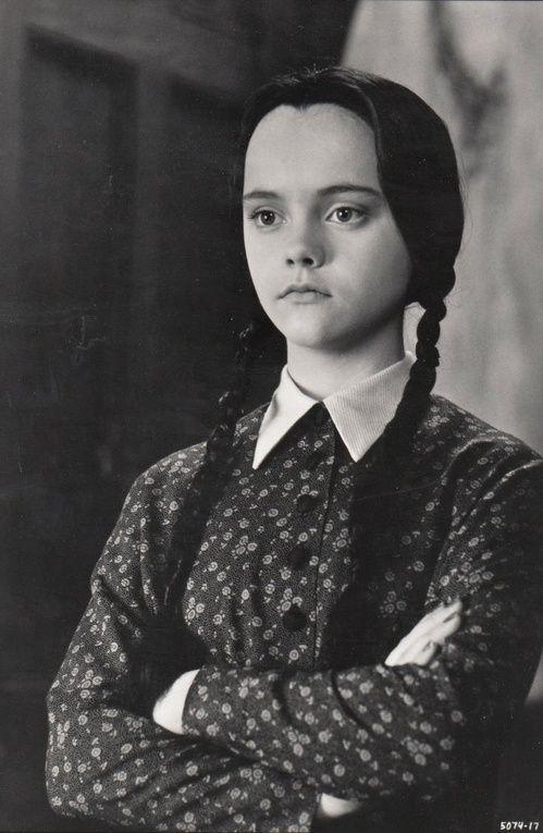 Mercredi dans la film La Famille Addams de Barry Sonnenfeld