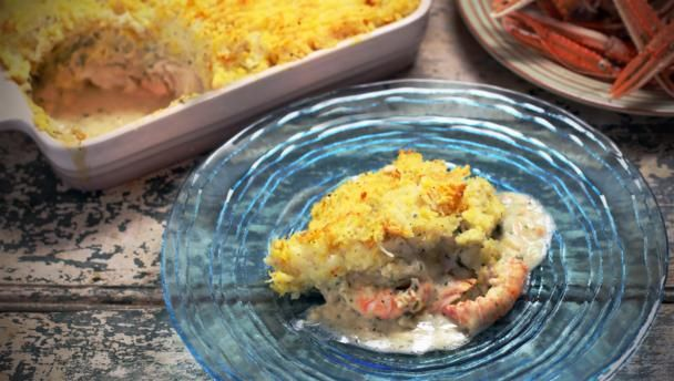 A fish pie, I think, always needs a bit of smoked fish to really make it taste good and what could be more luxurious than smoked Scottish langoustines? If you can't get hold of any, use giant tiger prawns instead, and replace half of the plain haddock with smoked haddock.  Equipment and preparation: for this recipe you will need a large ovenproof dish, about 2.5 litres/4 pints 7fl oz capacity.