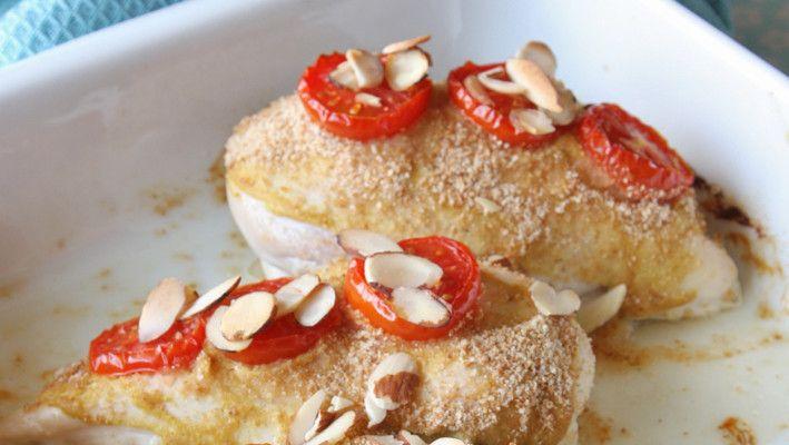 Ovnsbakt kyllingfilet med sennep og tomat
