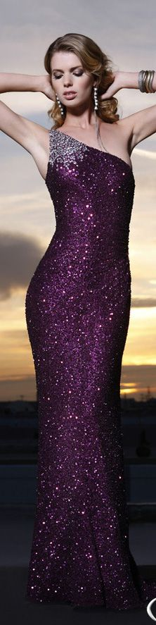 Scala collection - nothing compares to a rich, purple gown. Especially if it sparkles. <3
