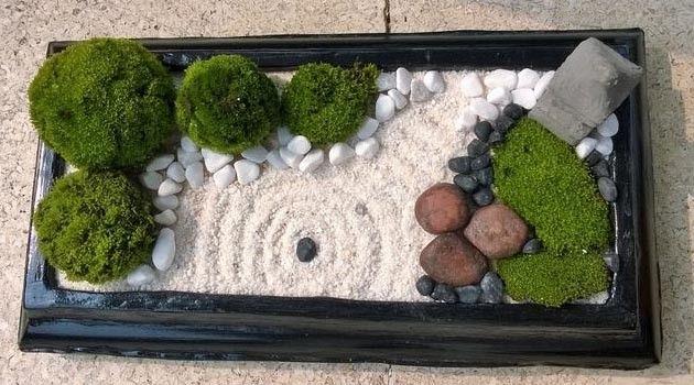 Make your own Zen desktop garden Home and Garden Digest http://www.homeandgardendigest.com/make-a-desktop-zen-garden/
