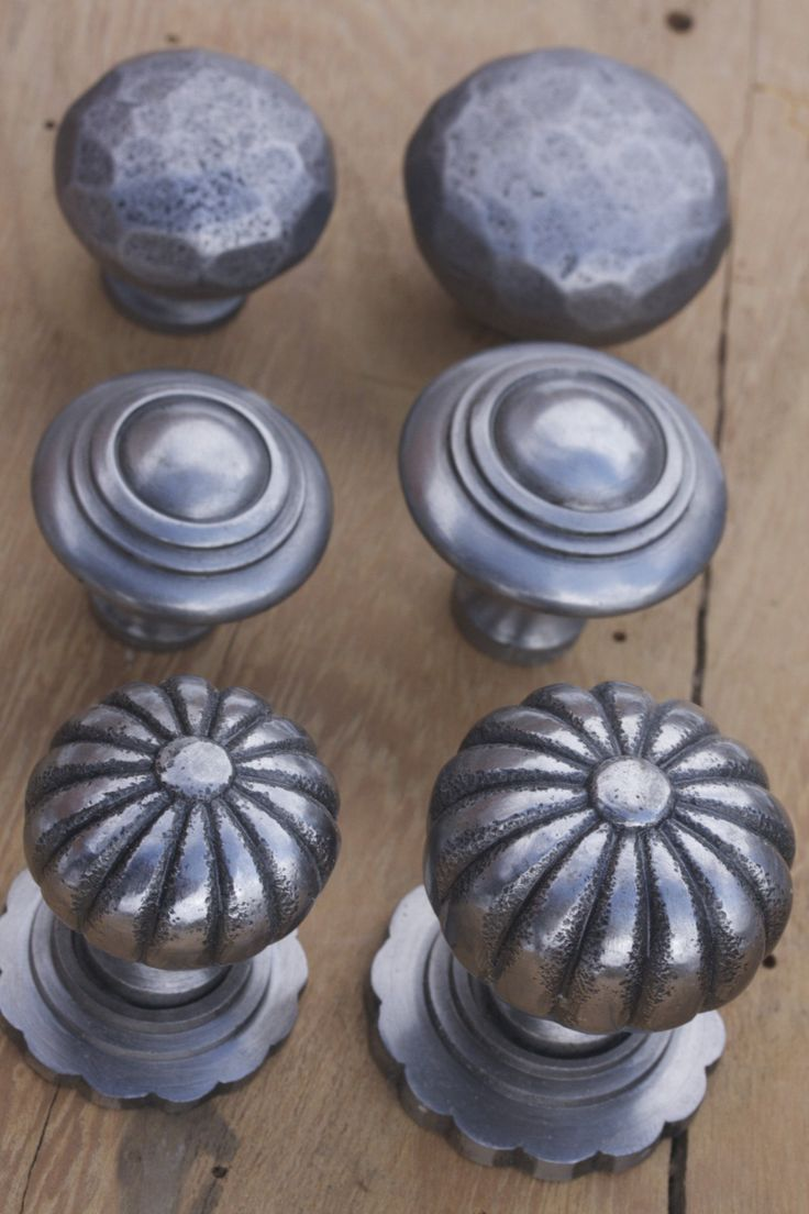 Pewter Kitchen Door Handles 102 Best Images About Drawer Handles And Cupboard Knobs In Pewter
