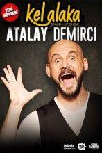 """Atalay Demirci Stand Up İzmir - http://www.kulturelajanda.com/ai1ec_event/atalay-demirci-stand-up-izmir-2/?instance_id=&http://www.kulturelajanda.com   Atalay Demirci Kel Alaka  Kel Alaka tam gaz devam ediyor… Atalay Demirci, yeni gösterisi """"Kel Alaka"""" ile """"Bu espriyi arkadaşlar arasında anlatsam acayip prim yaparım haa! dedirtmeye devam ediyor. Kıvrak zekası ve parlak kafası ile en saygı duyulan komedyenler arasında yerini alan ve çol"""
