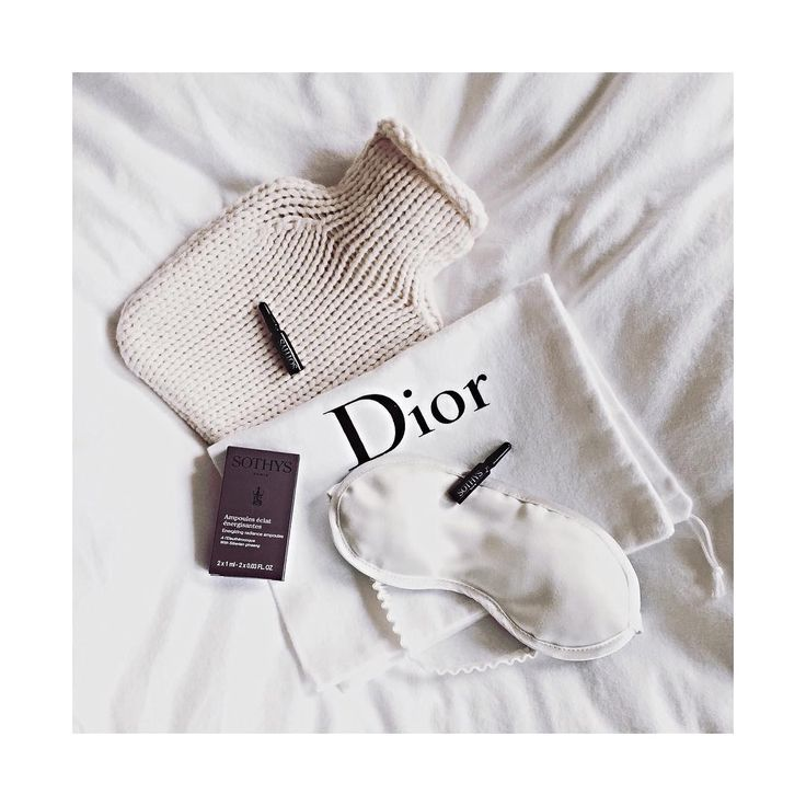 ✈️ BEAUTY TRAVEL ROUTINE  SOTHYS Energiespendende Ampullen  RELAX BRILLE aus Seide  REISEWÄRMFLASCHE aus Kaschmir  #BeautyAndStyleHamburg #Klosterstern #040 #Beauty #BeautyBlog #BeautyBlogger #Blogger #InstaBeauty #BeautyCare #BeautyProduct #SkinCare #Cosmetics #Ampoules #Sothys #SothysParis #Energy #EnergyBooster #Booster #AntiAging #DegenerAging #HotWaterBottle #Cashmere #Travel #TravelAccessoir #BeautyTravel #BeautyTravelRoutine #KatrinLeuze #KatrinLeuzeAccessoir #Relax