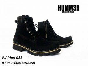 Sepatu Boot Pria  Kontak Kami: Holine / SMS : 081315979176 BBM : 224A1F27