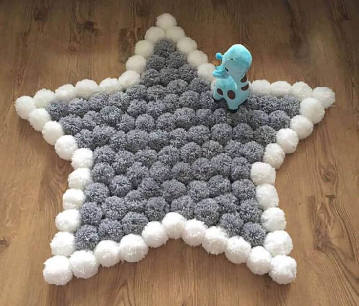 seu tapete, como fazer tapete de pompom com formato de estrela