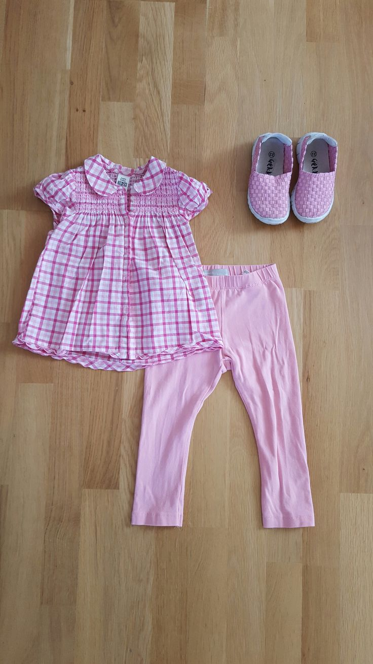 Zara Blouse, Name It Leggings, Noa Noa cardigan and pink sneakers.