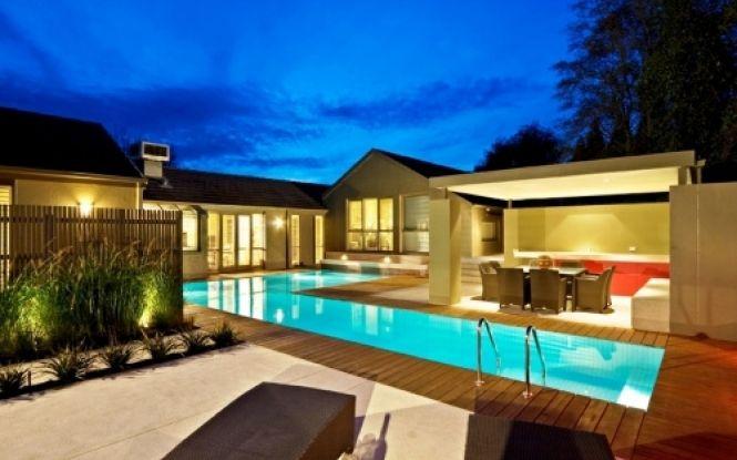 L-Shaped Swimming Pool Design