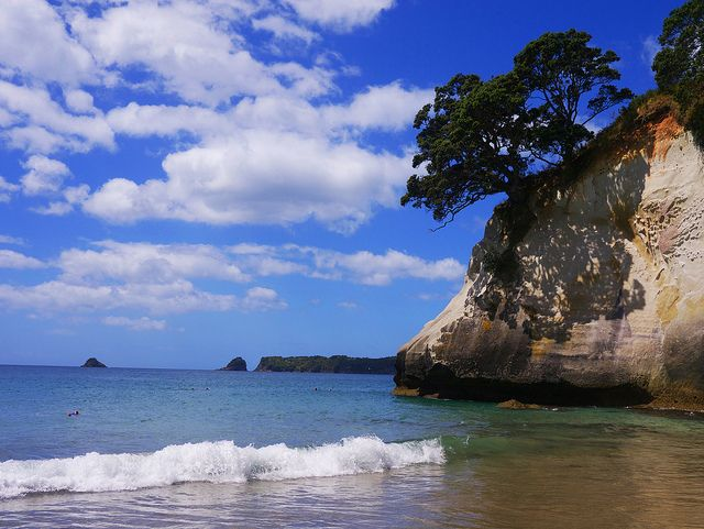 Cathedrale Cove | Flickr - Photo Sharing!