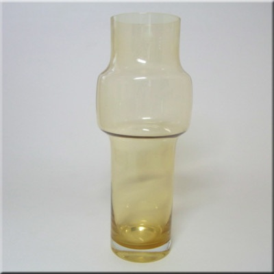 Riihimaki/Riihimaen Lasi Tamara Aladin Amber Glass Vase