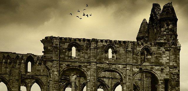 Conheça 10 lugares assombrados na Grã-Bretanha, onde poderá comemorar o Halloween.