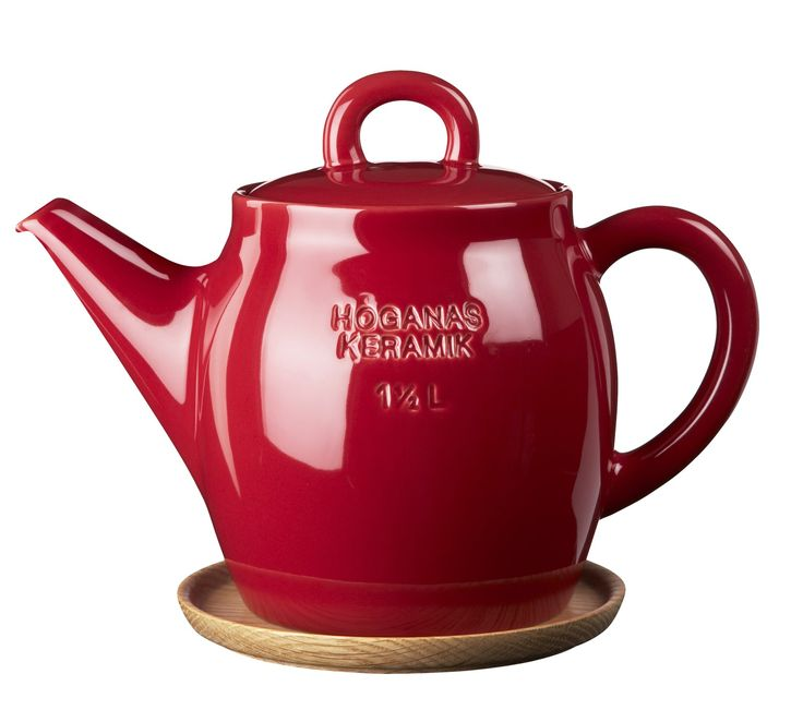 Osta HK Teekannu 1,5 L Omenanpunainen puualustalla - Rörstrand Kitchentimen verkkokaupasta