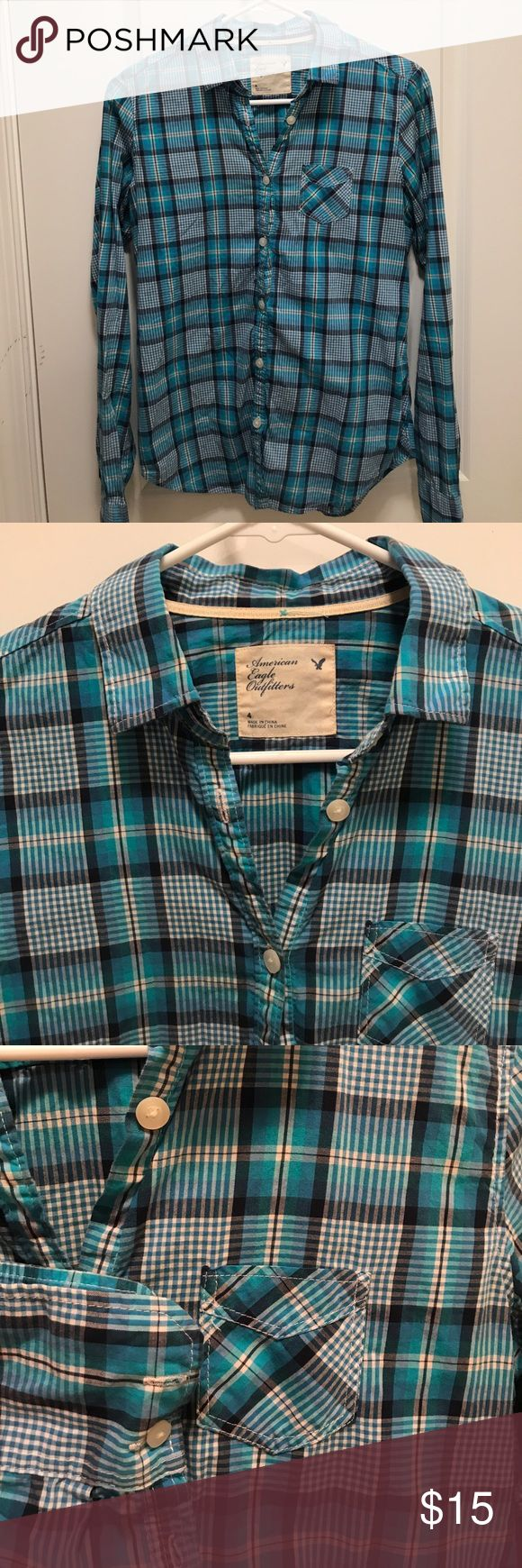 Plaid American Eagle Shirt No signs of wear Tops Button Down Shirts