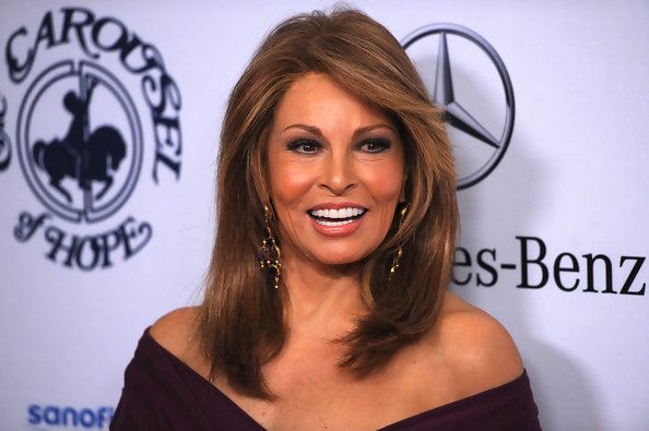 Raquel Welch - The 50 Most Beautiful Women Over 50 - Photos