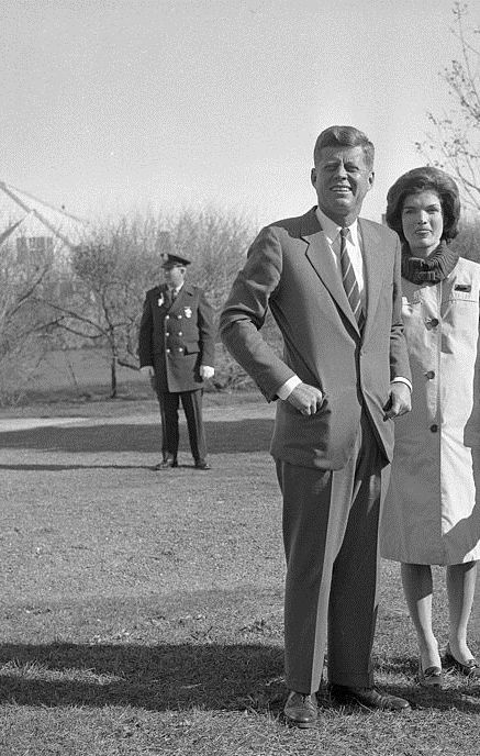 Jackie Kennedy Family: 1960. 9 Novembre. President-elect John Kennedy And First
